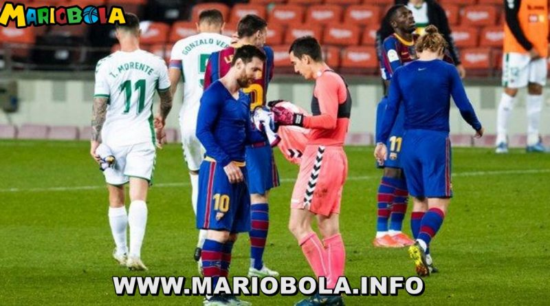 Kiper Elche Kaget di Minta Tukaran Kaus Dengan Lionel Messi